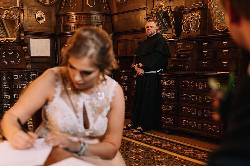 Ślub w Bazylice Franciszkanów w Krakowie - Agnieszka i Marcin - Fotograf ślubny Kraków