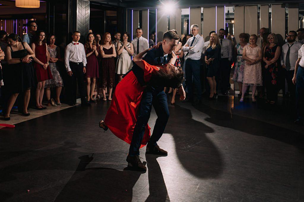 Taniec nowej pary młodej - Wesele w Niepołomicach